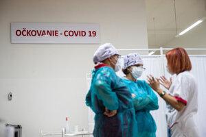 Začiatok očkovania proti ochoreniu Covid-19 na Slovensku.