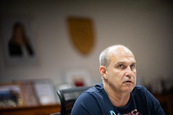 Policajný exprezident Milan Lučanský sa vo väzbe pokúsil o samovraždu.