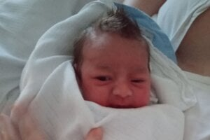 Prvým Oravcom narodeným v roku 2021 je Jakubko Karas z Novote.
