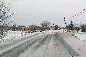 Cesta I/51 v Hornej Seči.