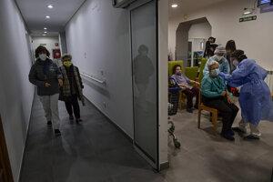Očkovanie proti koronavírusu v Španielsku.