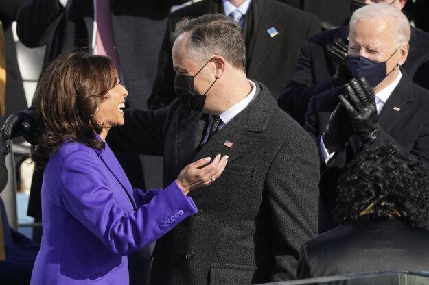 Kamala s manželom Dougom Emhoffom.