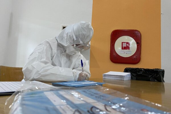 Čadčania budú môcť počas dvoch víkendových dní využiť možnosť otestovať sa v niektorom z jedenástich odberových miest, ktoré budú otvorené od 8:00 do 18:00.