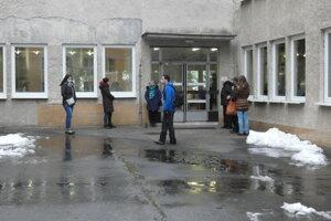Čakanie na výsledky, ZŠ M. R. Štefánika