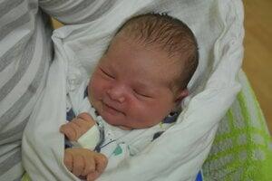 Simona Hargašová (3490 g, 50 cm) sa narodila 3. januára Alexandre a Lukášovi z Branču.