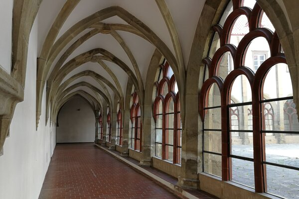 Krížová chodba zo 14. storočia v levočskom kláštore minoritov je najzachovalejšou svojho druhu na Slovensku.