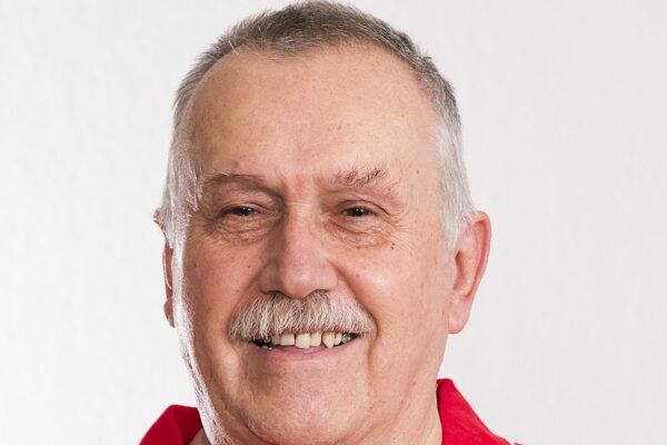 Ivan Piovarči sa v súčasnosti venuje florbalu.
