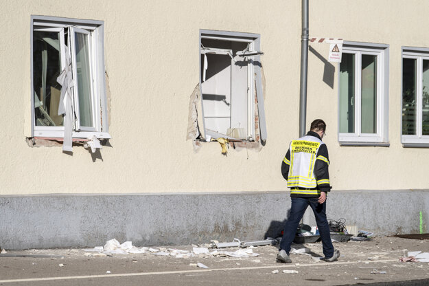 Budova avorského červeného kríža v nemeckom meste Memmingen po výbuchu plynu.