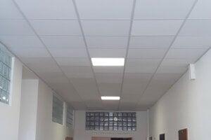Rekonštrukcia budovy školy.