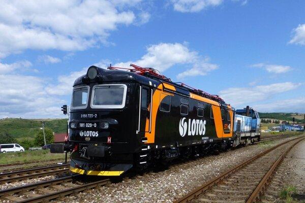 V ŽOS Zvolen už lokomotívy 181_182_opravovali.