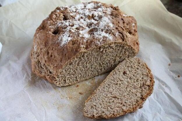 Írsky chlieb je nekysnutý chlieb bez droždia. Vhodný je práve pri histamínovej intolerancii.