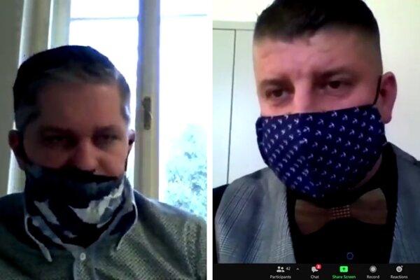 Poslanci Miroslav Benko (vľavo) a Rudolf Dupkala (obaja nezávislí) nevidia dôvod na odstúpenie.