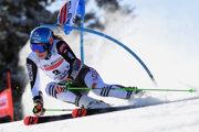 Petra Vlhová počas obrovského slalomu v Jasnej 2021.