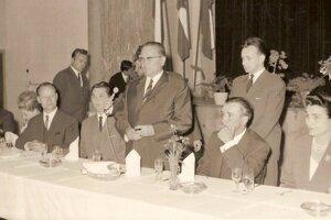 4.júna 1965 navštívil našu obec prezident Juhoslávie Josip Broz Tito s manželkou v doprovede Alexandra Dubčeka.