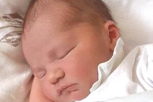 Martin Husarik (3800 g a 51 cm) sa narodil 1. februára o 2.20 hodine ockovi Viliamovi Husarikovi a mame Belinda Dudasovej zo Šiah.