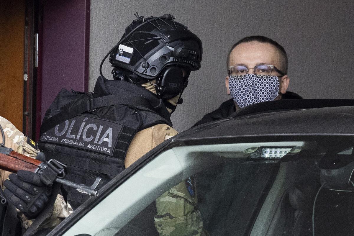 Pčolinský zostáva vo väzbe, súd zamietol jeho sťažnosť - SME