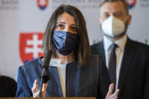Predsedníčka poslaneckého klubu strany Za ľudí Jana Žitňanská.
