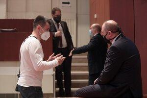 Februárové rokovanie mestského zastupiteľstva prebiehalo v napätej atmosfére. Komentár v mestských novinách považujú poslanci za krok k ich zániku.