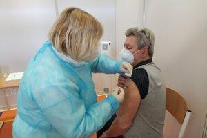 Očkovanie vakcínou Astra Zeneca