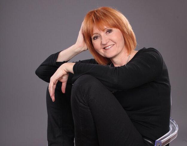 Speváčka, hlasová pedagogička a režisérka Alena Čermáková.