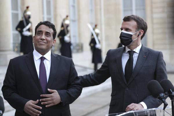 Mohammad Younes Menfi a Emmanuel Macron