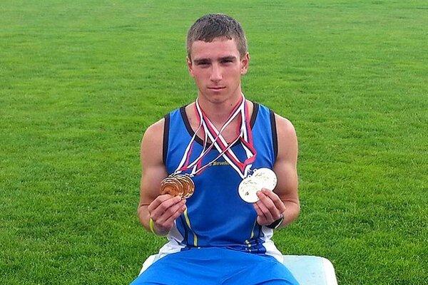 Lukáš Privalinec bol najúspešnejším pretekárom majstrovstiev Slovenska juniorov.