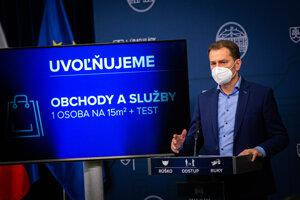 Minister financií Igor Matovič oznamuje uvoľňovanie opatrení.