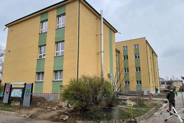 Obnovená budova v Michalovciach.