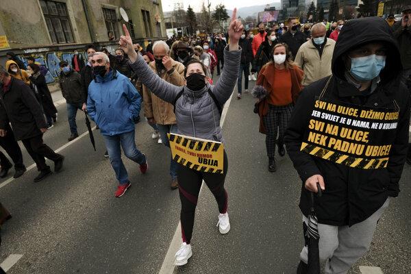 V Bosne protestovali aj začiatkom apríla
