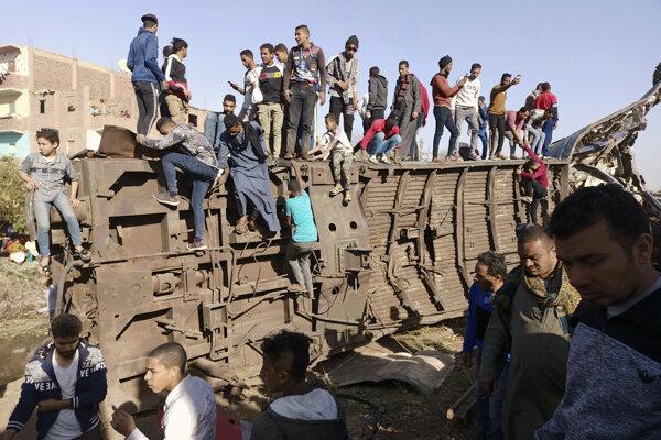 Zrážka vlakov v marci si vyžiadala 18 obetí