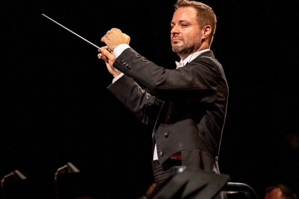 Robert Jindra, budúci šéfdirigent Štátnej filharmónie Košice.