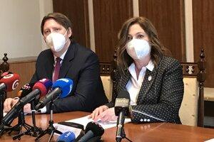 Primátorka Andrea Turčanová a viceprimátor Vladimír Feľbaba.