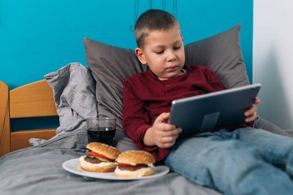 Deti jedia veľa polotovarov a málo sa hýbu.