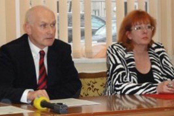 Marián Kollár z lekárskej komory a Erika Ščípová z nitrianskej nemocnice.