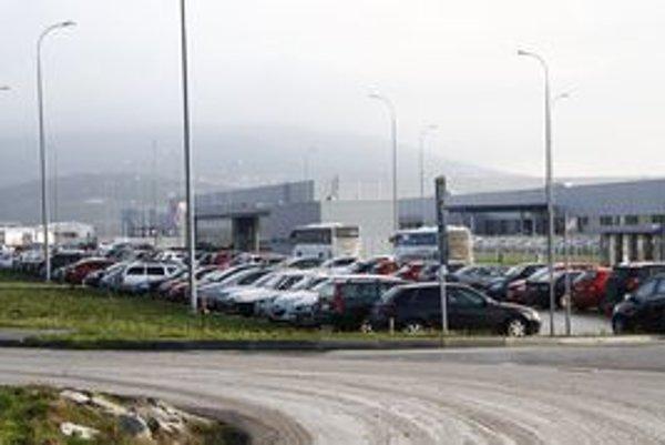 Závod spoločnosti Foxconn v nitrianskom priemyselnom parku.