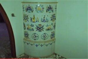 Vilu často navštevujú urbexeri, jeden z nich Ivan Donoval natočil aj výnimočné maľované kachle v interiéri.