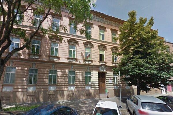 Štátny archív v Košiciach sídli na Bačíkovej ulici.