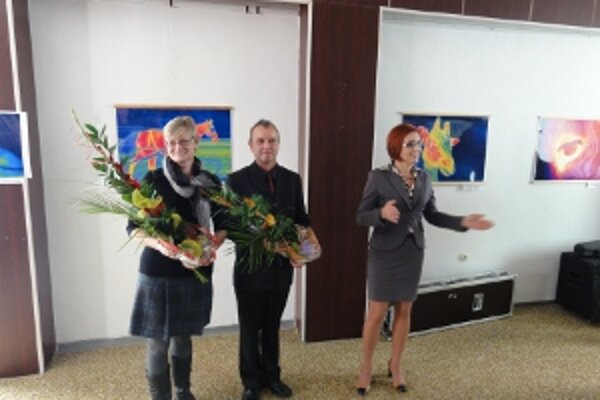 Autori snímok Ivana Knížková a Peter Kunc spolu s riaditeľkou CVŽV Danou Peškovičovou (vpravo).