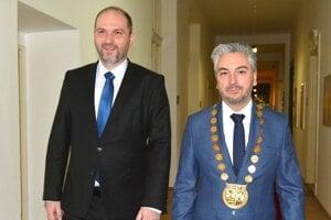 Primátor Jaroslav Polaček a župan Rastislav Trnka.