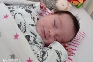 Terézia Pagáčová (4310g a 54cm) sa narodila 27. apríla Alene a Marekovi z Krivoklátu