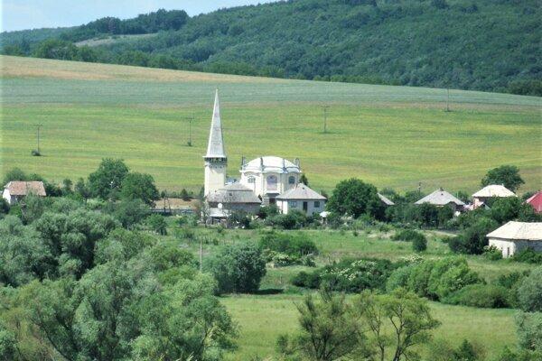 Obec Muľa je známa unikátnym kostolom sv. Alžbety, ktorý bol bol prvou železobetónovou konštrukciou medzi kostolmi na území bývalého Uhorska.
