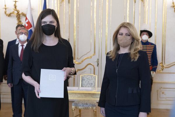 Michaela Feľbabová spolu s prezidentkou Zuzanou Čaputovou.