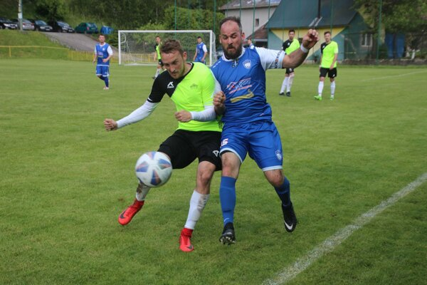 Snímka zo zápasu Horná Poruba - Podmanín.