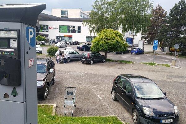 Parkovacie automaty už nebudú jedinou možnosťou, ako si kúpiť parkovací lístok.