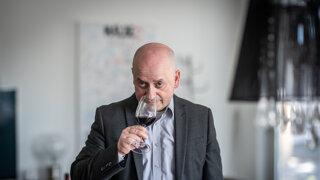 Neviete, čo piť? Skúsený someliér predstaví štyri pozoruhodné slovenské vína