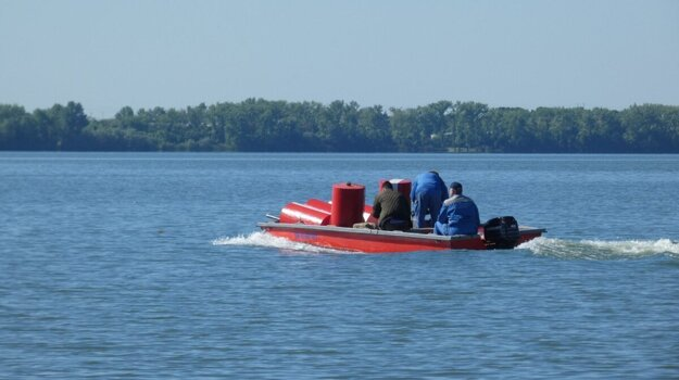 V štvrtom stupni ochrany prírody na Šírave je zakázané plávanie či člnkovanie.