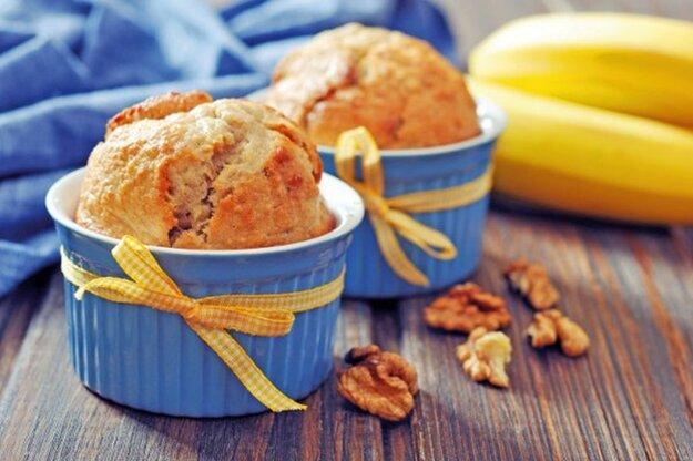 Celozrnné banánové muffiny