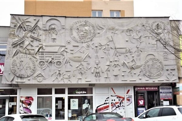 Prvý z reliéfov v centre Myjavy sa v júni 2021 dočká komplexnej opravy.