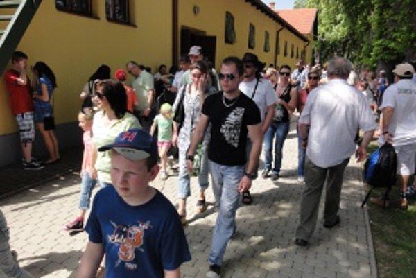 1. mája boli v Topoľčiankach tisíce ľudí.