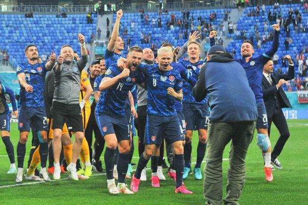 Oslavy po výhre v zápase Slovensko - Poľsko na EURO 2020.